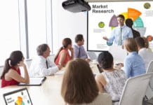 how to choose the best business projector