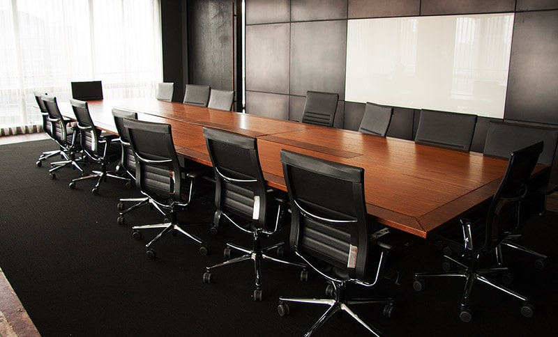 Traditional-Meeting-Room