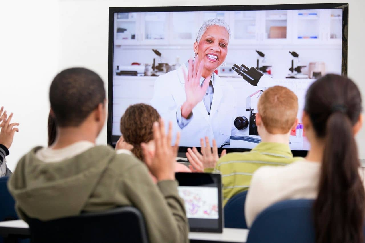 What Is Distance Learning And Why Is It So Important 2