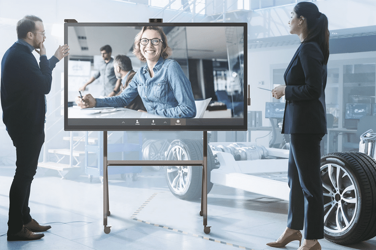How to Choose a Presentation Display for Your Meeting Space - commercial display