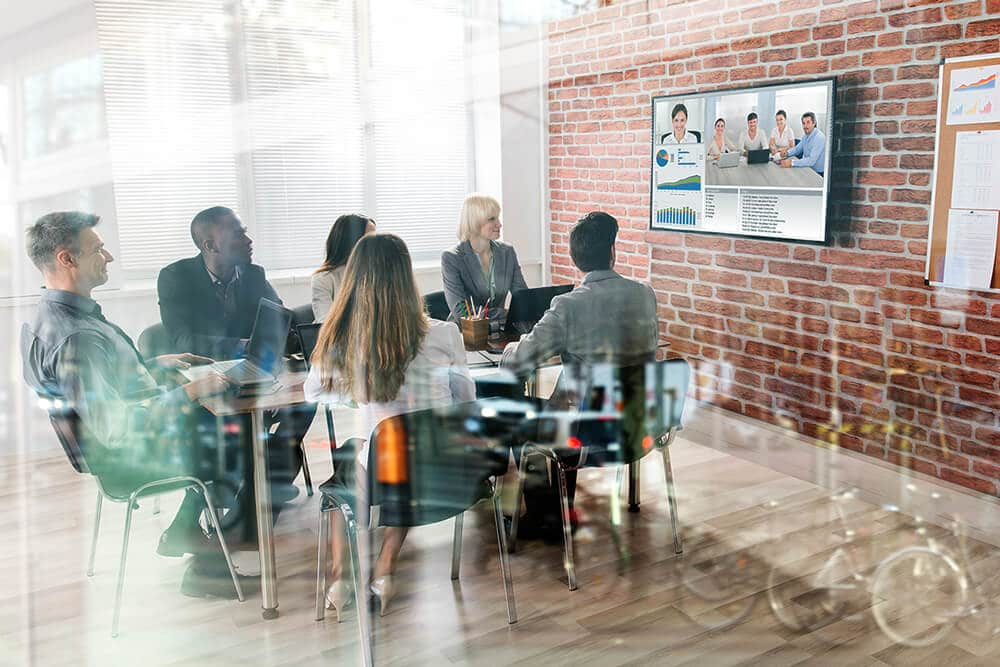 business-benefits-of-video-conferencing